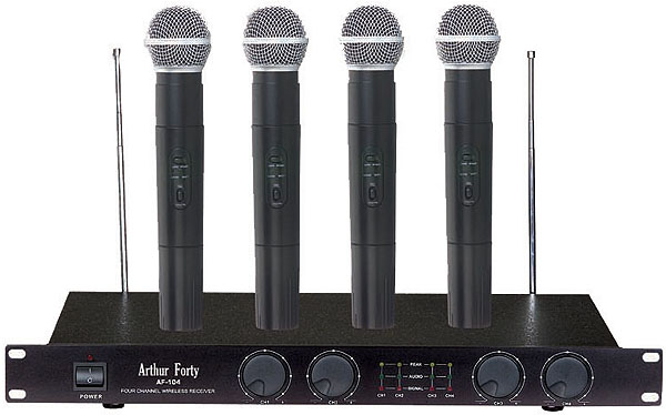 Радиомикрофон Arthur Forty Aory Melody PSC VHF AF-104  Pleer.ru  10998.000