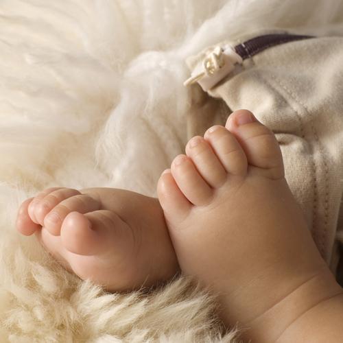 фото женских тату на бедре и ноге