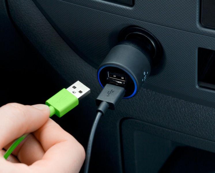 Зарядка для телефона в машину usb