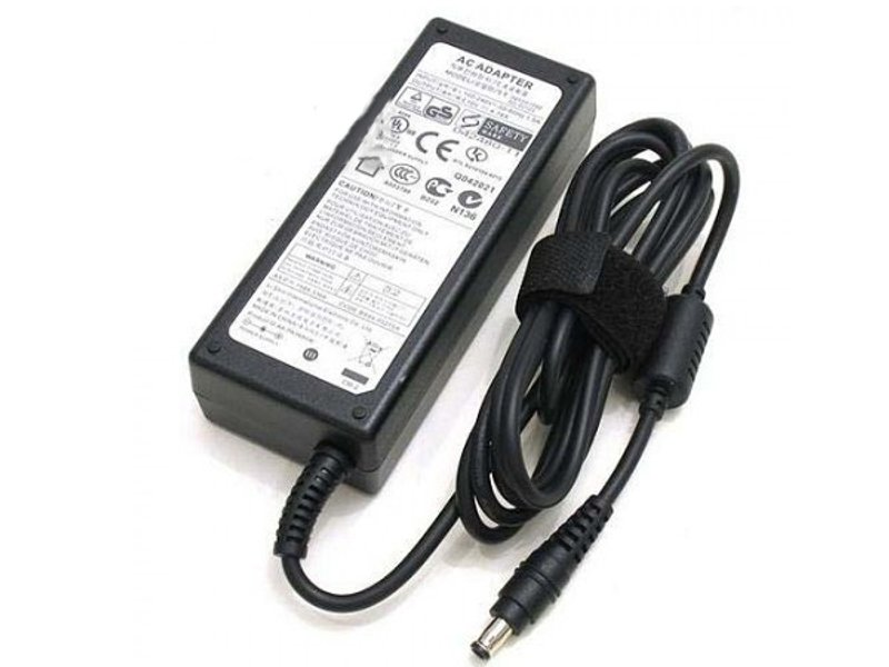 купить блок питания для автомагнитолы от сети 220 в Блок питания Pitatel Samsung 19V 4.74A AD-121 / D-NA-879