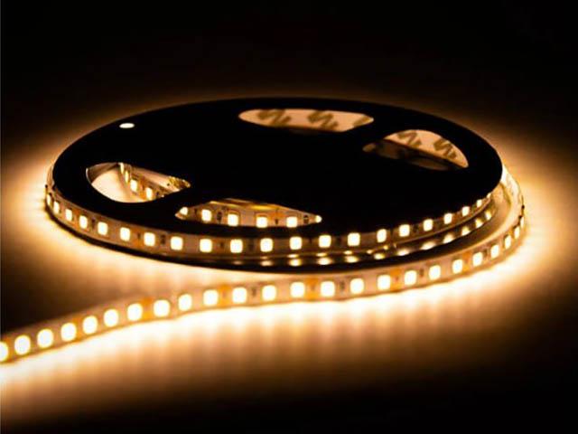 Светодиодная лента URM SMD 2835 120 LED 12V 9.6W 8-10Lm 3000K IP22 Warm White N01010