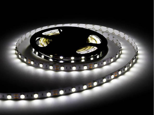Светодиодная лента URM SMD 5050 60 LED 12V 14.4W 10-12Lm 3000K IP65 3m Warm White N01018