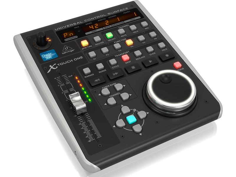 Фото - Dj контроллер Behringer X-Touch One dj контроллер numark mixtrack pro fx